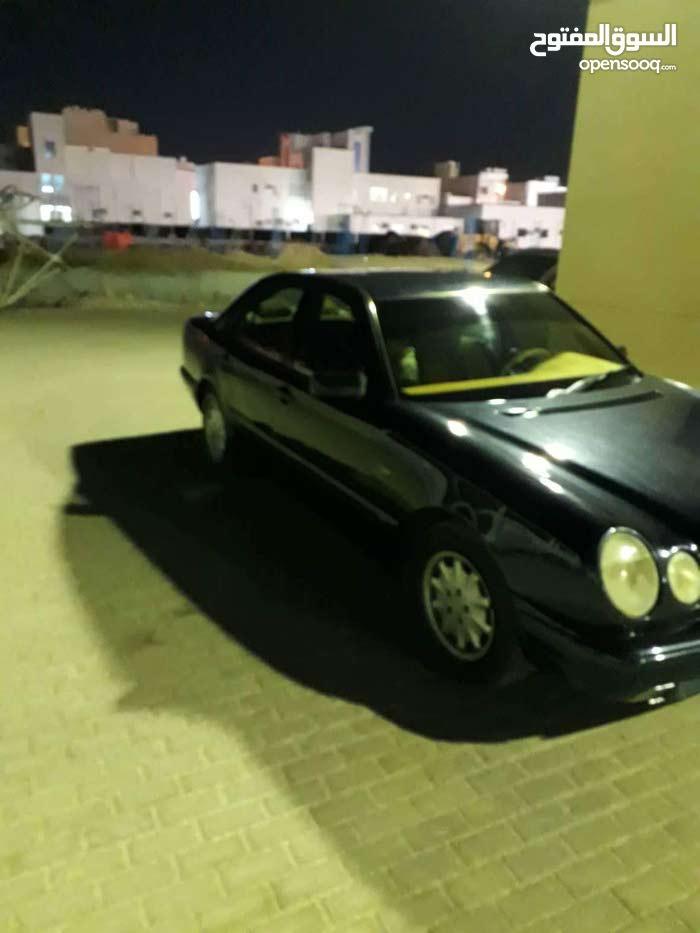 Gasoline Fuel/Power   Mercedes Benz E 200 2000