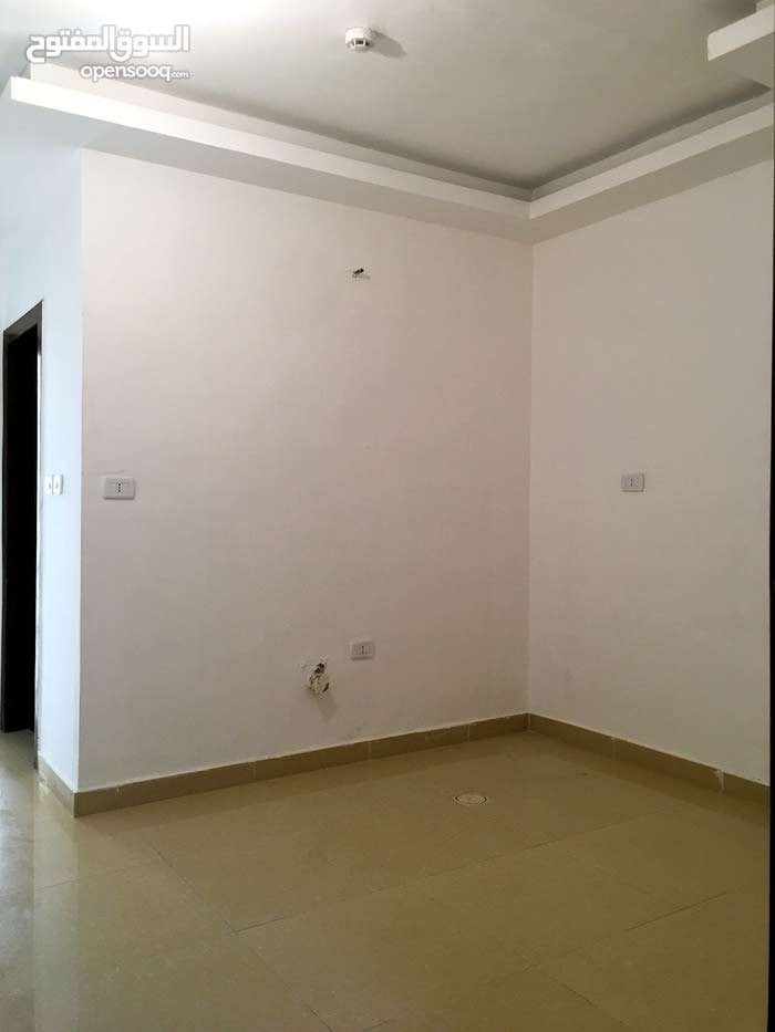 apartment for sale Basement directly in 7th Circle