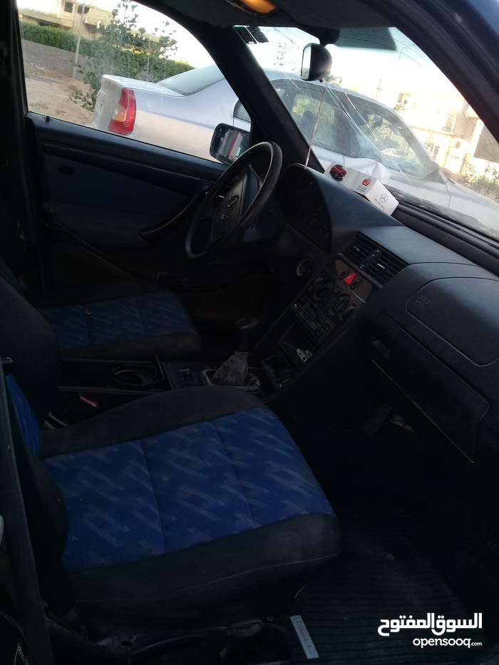 Manual Mercedes Benz 1997 for sale - Used - Misrata city