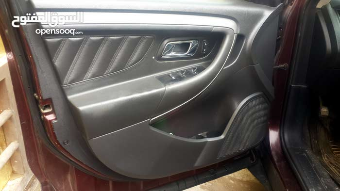 For sale Ford Taurus car in Basra