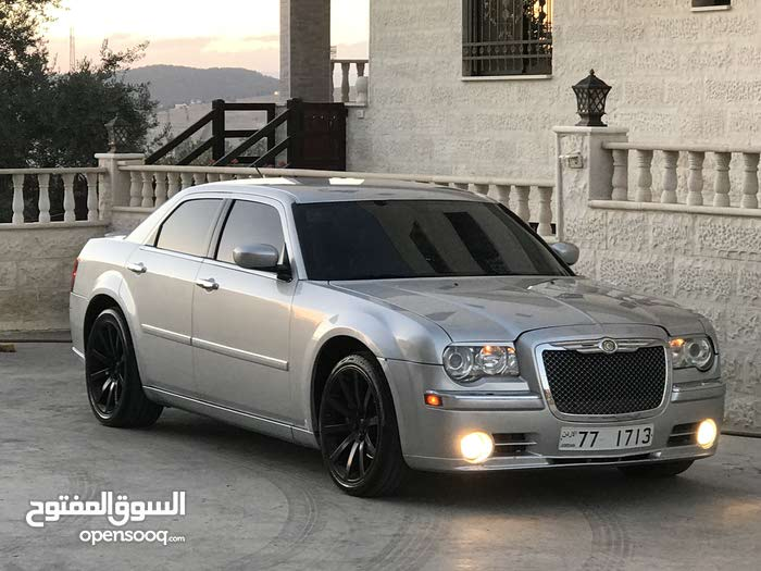 Automatic Chrysler 300C for sale
