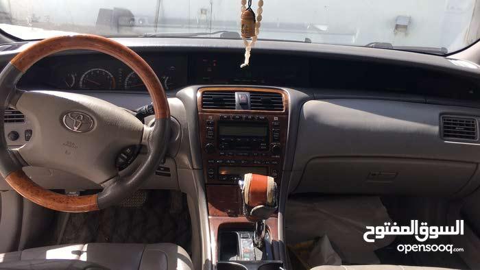 افالون2002 للمبادلة مع سيارة 4 سلندر جديد