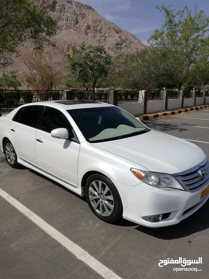 Gasoline Fuel/Power   Toyota Avalon 2011