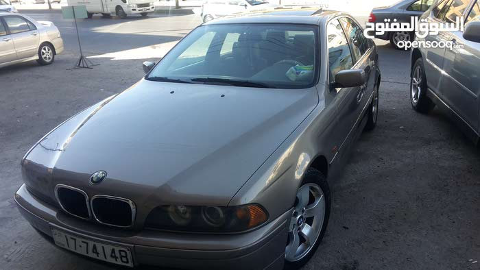 BMW 520 car for sale 2003 in Amman city