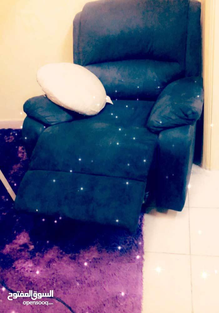 كرسي هزاز و دوار للبيع