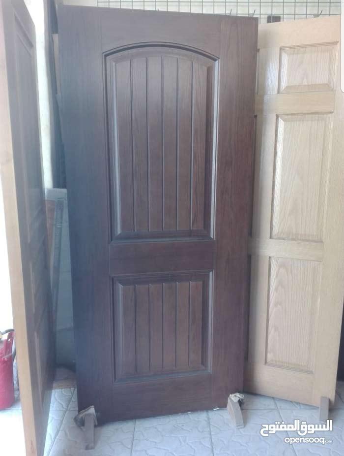 باب خشب سنديان للبيع بعدن الباب جديد