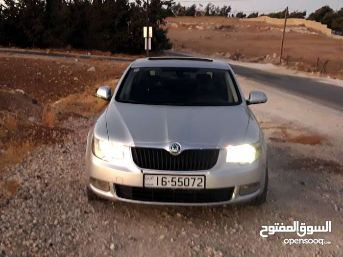 For sale Used Superb - Automatic