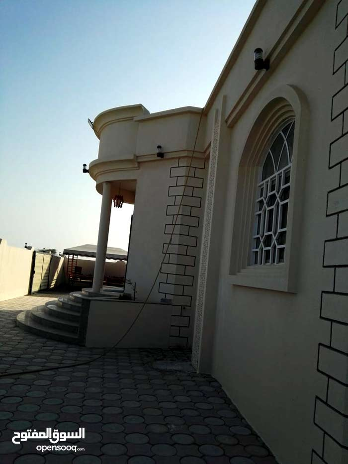 3 rooms 3 bathrooms Villa for sale in SuwaiqAll Suwaiq