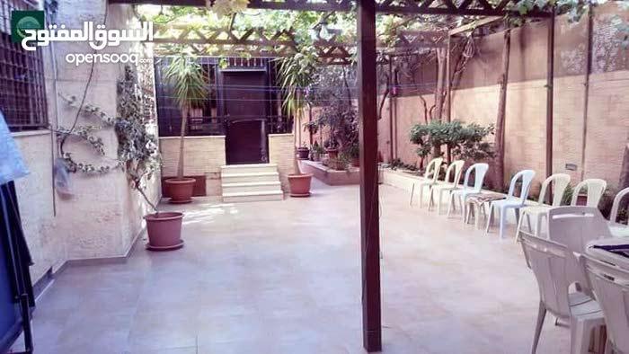 More rooms  apartment for sale in Amman city Daheit Al Yasmeen