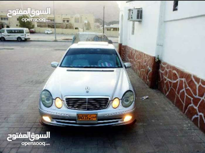 Used condition Mercedes Benz E500 2003 with 0 km mileage