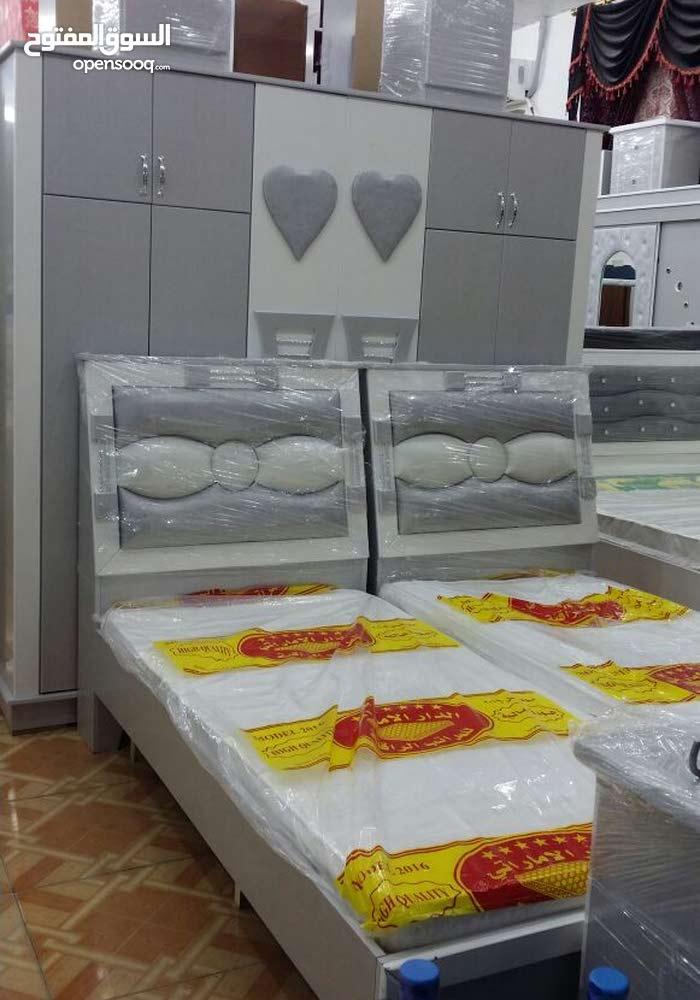 غرف نوم وطني جديد بألوان مختلفة