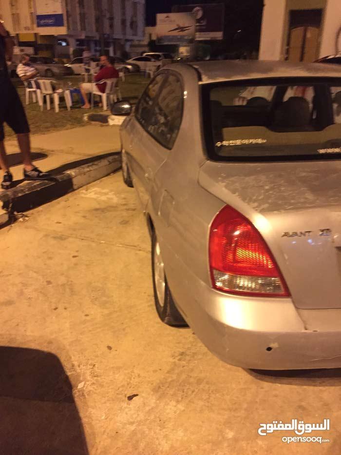 Used condition Hyundai Avante 2002 with 170,000 - 179,999 km mileage