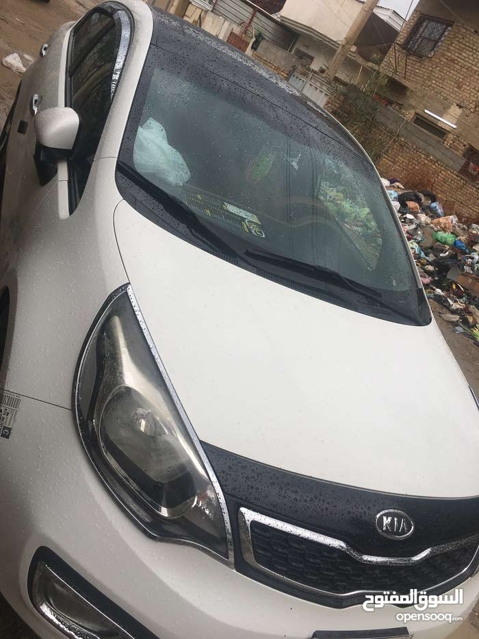 New condition Kia Rio 2013 with 80,000 - 89,999 km mileage