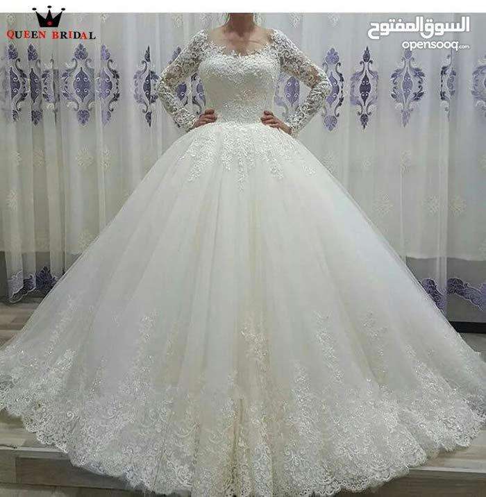 فستان زفاف ملكي راقي