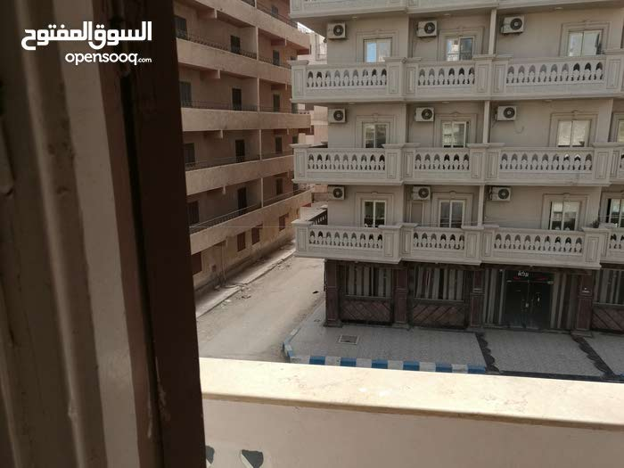 apartment in building  is for rent Matruh
