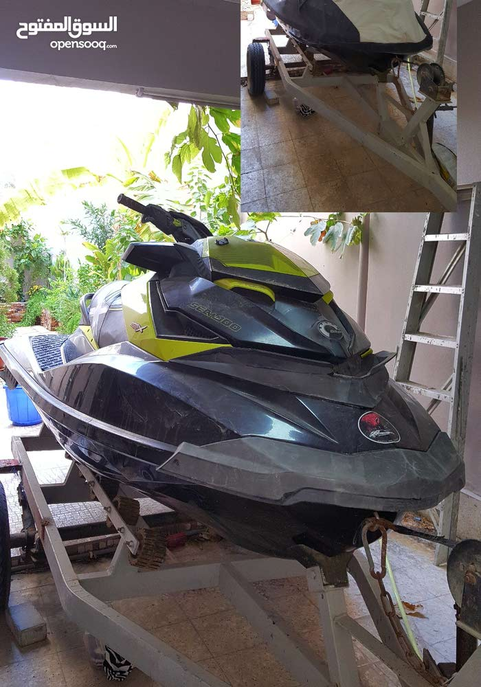 a Jet-skiUsed in Muharraq for sale
