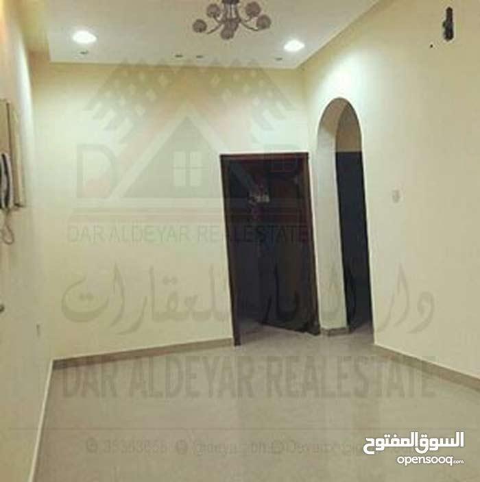 للايجار شقة في مدينة حمد من غرفتين وغرفه خادمة