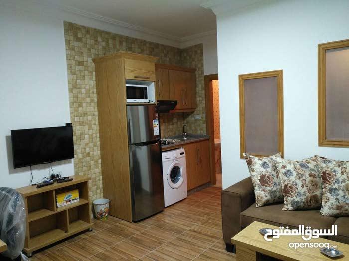 Second Floor  apartment for rent with Studio rooms - Amman city University Street