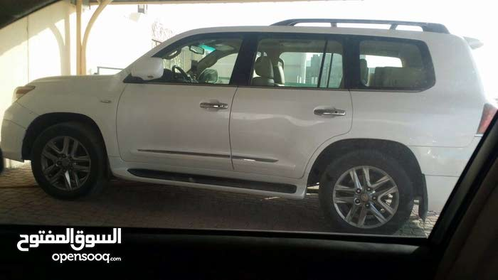 White Lexus LX 2009 for sale