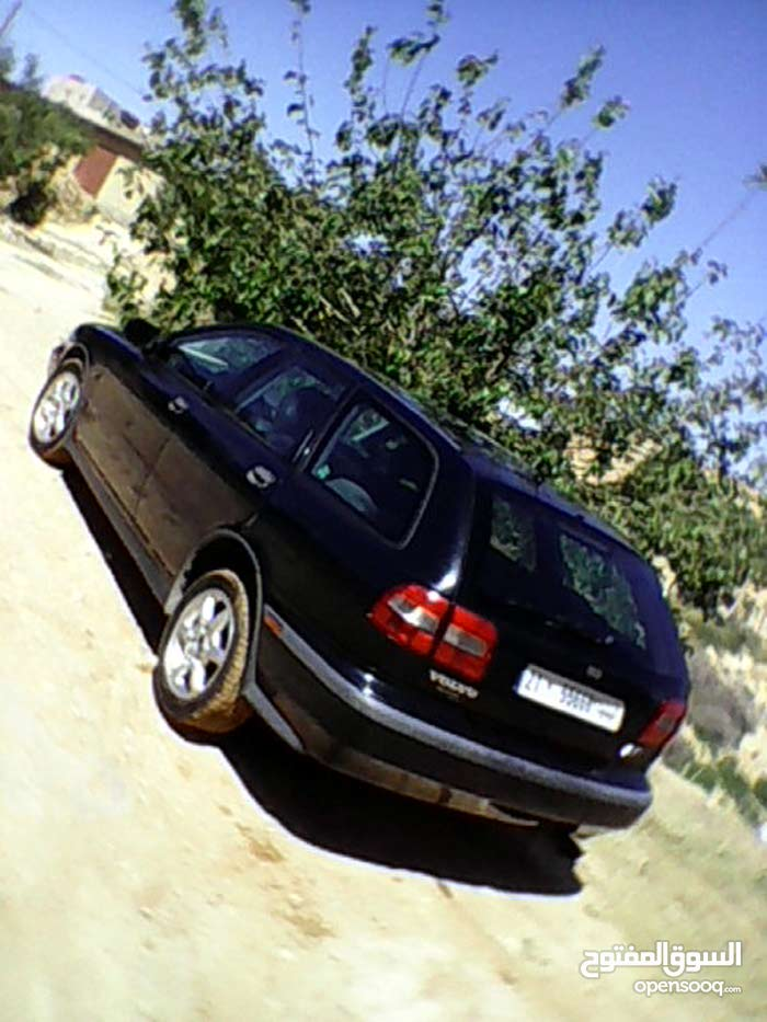 2000 Volvo V40 for sale