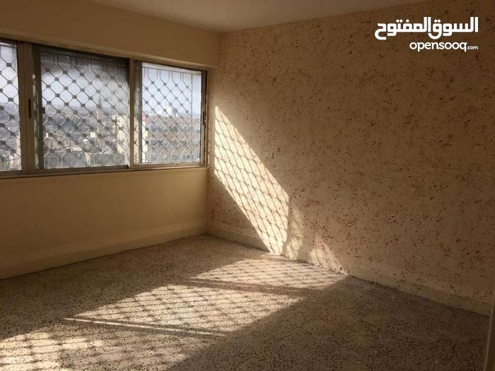 Jabal Tareq apartment for sale with 3 rooms