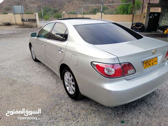 Lexus ES car for sale 2002 in Muscat city