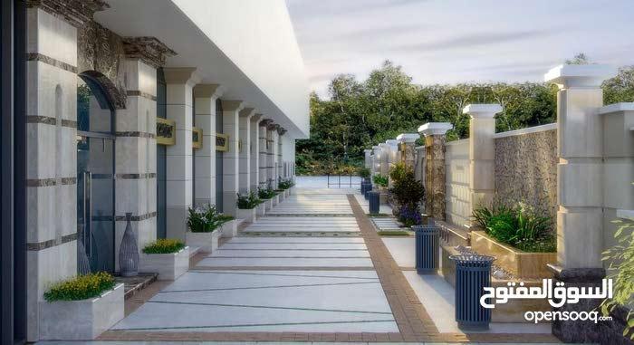 للبيع شقة بكومباوند متكامل الخدمات - رخصه 11 دور