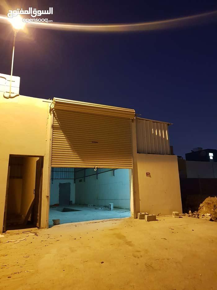 ورش للإيجار في المنطقة الصناعية في سوق واقف