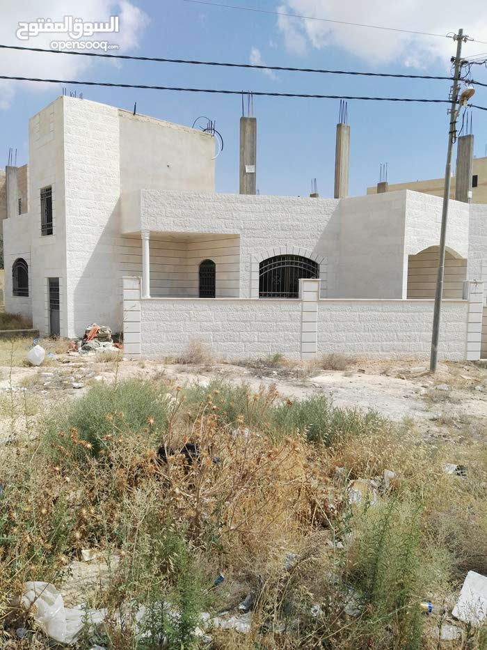 منزل مستقل للبيع في الزرقاء الجديدة  0797145025