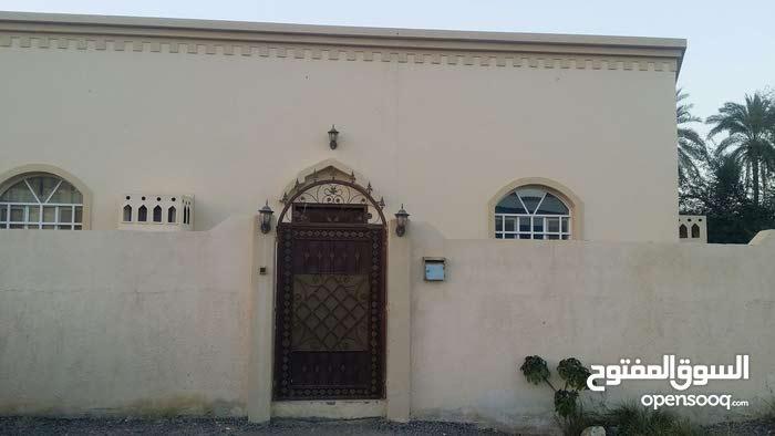 Al Tareef neighborhood Sohar city - 160 sqm apartment for rent
