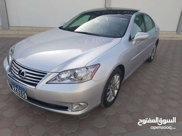 Used condition Lexus ES 2011 with 60,000 - 69,999 km mileage