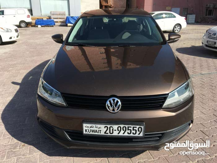 Used condition Volkswagen Jetta 2013 with +200,000 km mileage