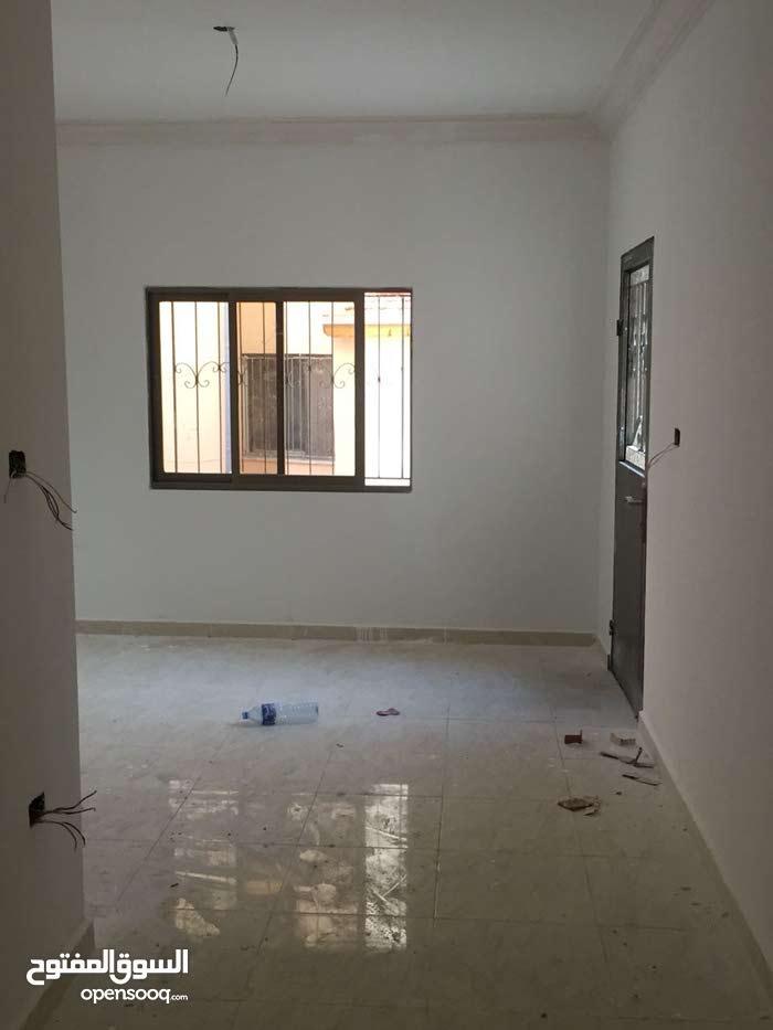 يتوفر لدينا شقق للايجار بعمان منطقة بدر الجديده بالقرب من المدينه الطبيه بحوالي