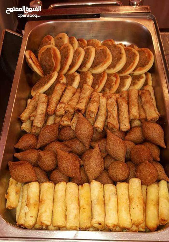 وجبات طعام للموظفين