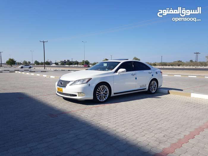 White Lexus ES 2010 for sale