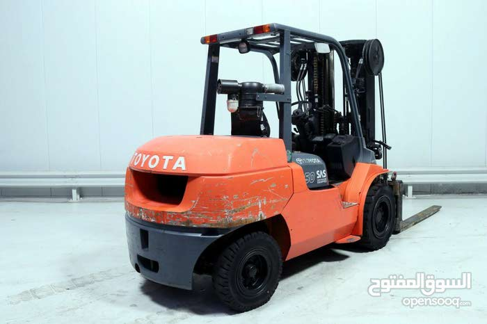 A Forklifts is up for sale with a very good specifications