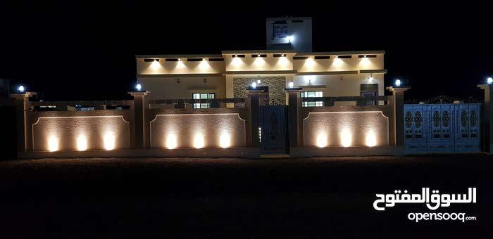 منزل جميل وراقي ف السوادي قريب الشارع مسقط /صحار وقريب مسجد
