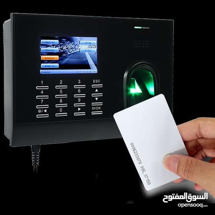 أنظمة مراقبة الدوام(جهاز بصمة) وأنظمة تحكم بالدخول الى المكاتب