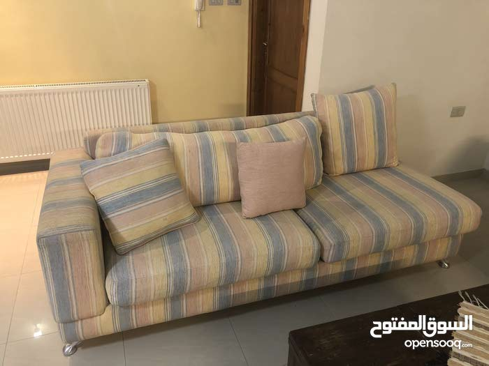 Living room sofa set with middle table