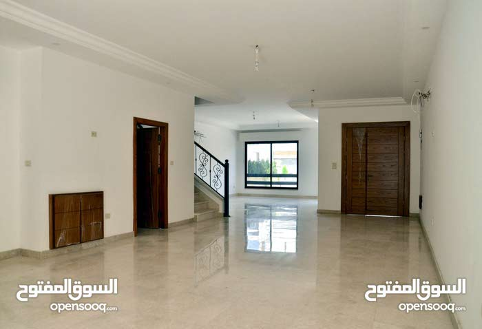 This aqar property consists of 4 Rooms and More than 4 Bathrooms in Amman Abdoun