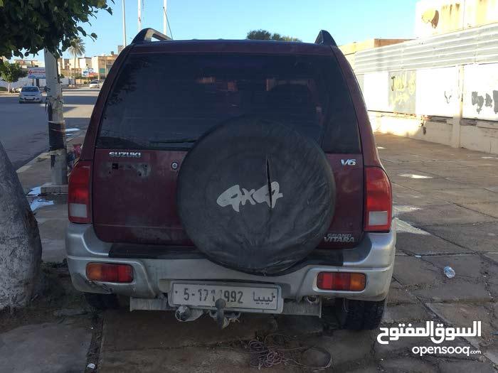 Gasoline Fuel/Power   Suzuki Vitara 2000