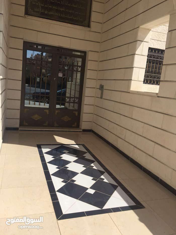 apartment Second Floor in Amman for sale - Daheit Al Aqsa
