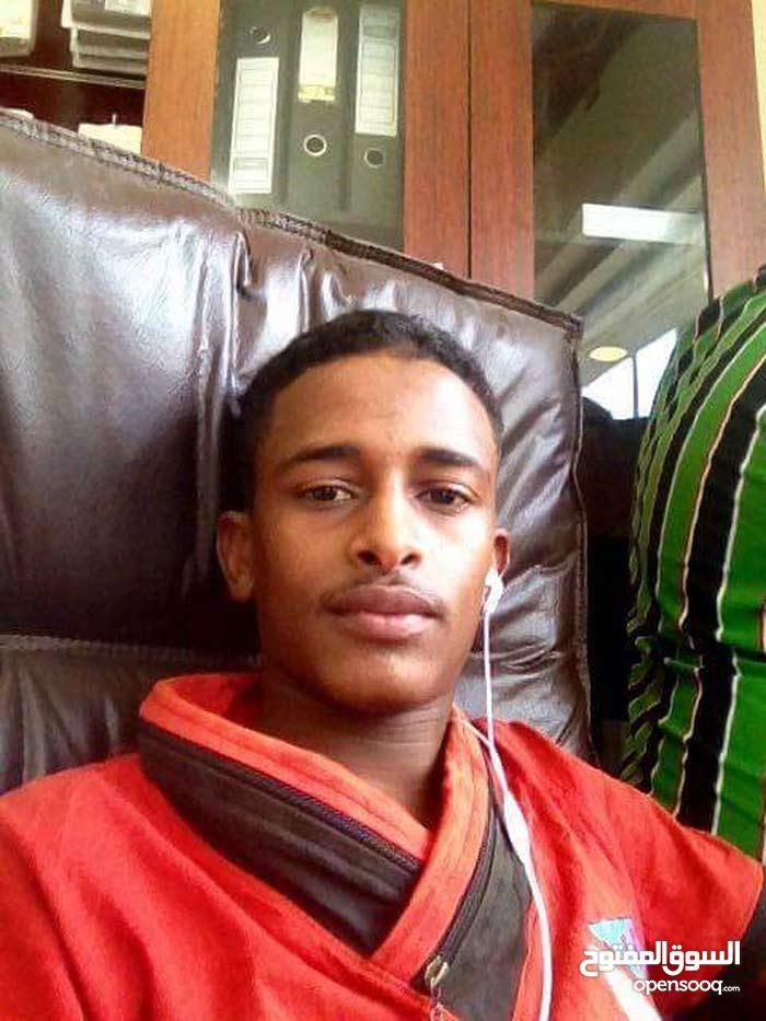 شاب سوداني  ابحس عن ورشة كهرباء سيارات للايجار