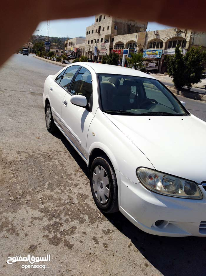1 - 9,999 km Nissan Sunny 2011 for sale