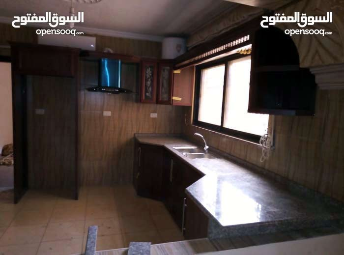 شقة 70م تسويه مع مطبخ جديد راكب خلف شارع 36 مع رخصة تجاري