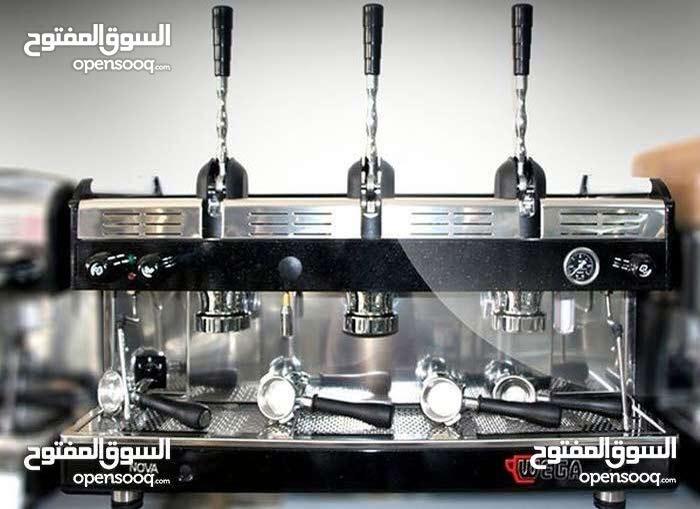 اسطى ماكينة قهوة و بريوش و فروبي باحث عن عمل