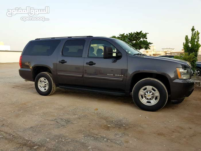 Available for sale! 190,000 - 199,999 km mileage Chevrolet Suburban 2010