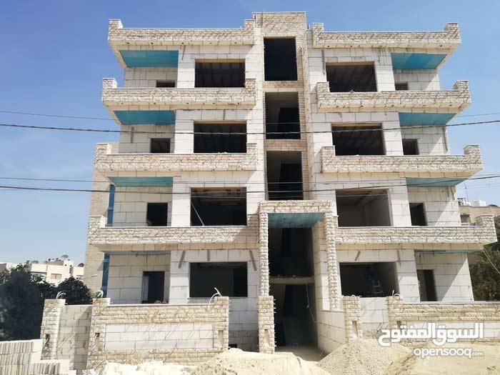 شقة اقساط في عرجان((طابق ثاني)) بالقرب من فندق الريجنسي ومن المالك مباشرة