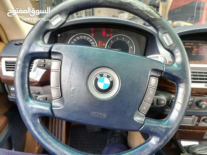 احمد زايد لتنجيد السيارات وتصليح فتحات السقف و تصليح كشفات  تنجيد طارات استيرنج