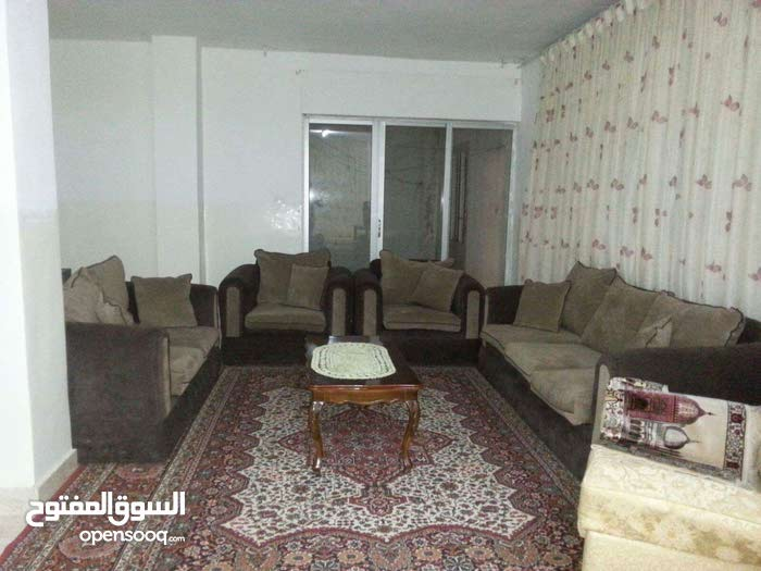 منزل منفصل في ابو نصير الحي الاول للبيع او للايجار